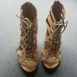 Mi.iM Ankel Cutout Booties Lace Up Heels Sz 6.5